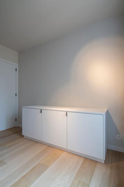 mortier-renovatie-totaalrenovatie-appartement-met-maatwerk-oostduinkerke-koksijde-37