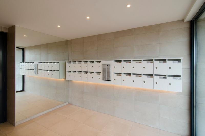 residentie-westdiep-oostduinkerke-renovatie-inkomhal-6