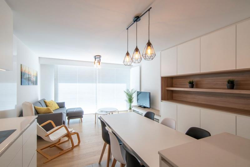 totaalrenovatie-en-meubelmaatwerk-appartement-nieuwpoort-zeedijk-mortier-6
