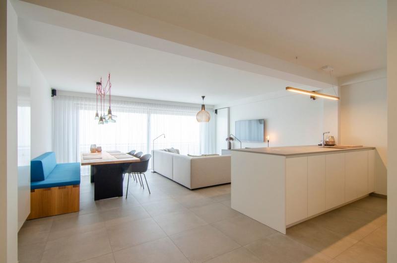 appartement-sint-idesbald-totaalrenovatie-mortier-interieur-renovatie-51