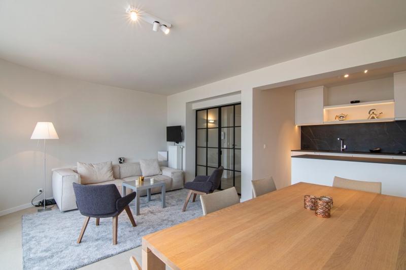mortier-renovatie-totaalrenovatie-appartement-met-maatwerk-oostduinkerke-koksijde-19