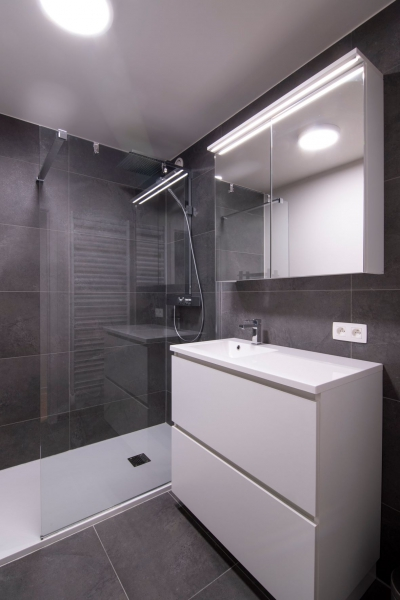 totaalrenovatie-en-meubelmaatwerk-appartement-nieuwpoort-zeedijk-mortier-22