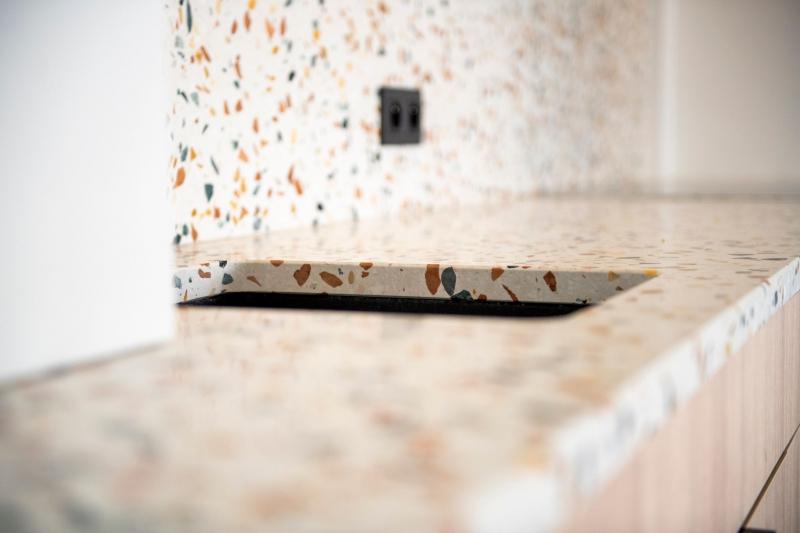totaalrenovatie-appartement-oostduinkerke-mortier-meubelmaatwerk-75_1