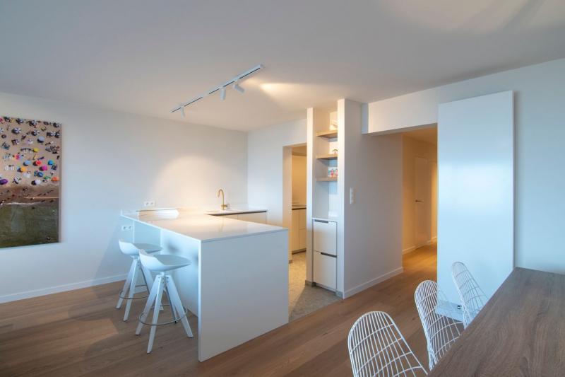 appartement-zeedijk-nieuwpoort-mortier-interieur-renovatie-24
