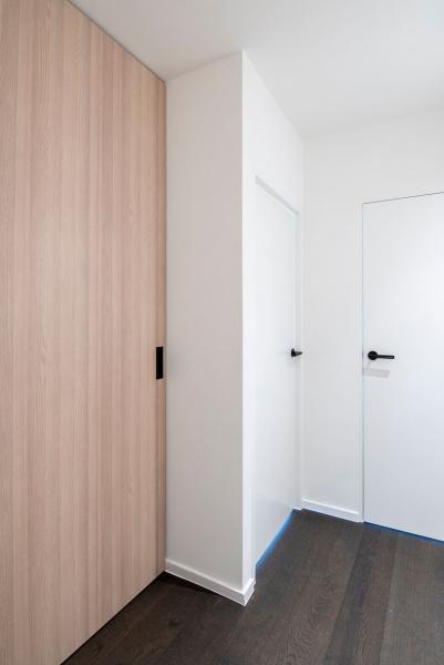 totaalrenovatie-appartement-oostduinkerke-mortier-meubelmaatwerk-34