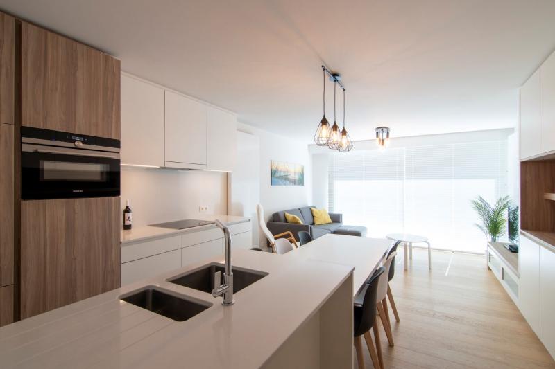 totaalrenovatie-en-meubelmaatwerk-appartement-nieuwpoort-zeedijk-mortier-44